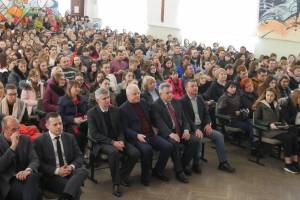 More than five hundred senior high school students of the city and region attended the ZNU applicant's Day