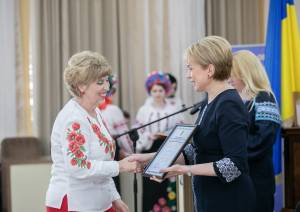 Professor of ZNU Nataliia Zubets received honorable mention of Ministry of Education and Science of Ukraine from Minister Liliia Hrynevych